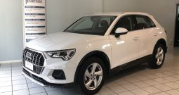 Audi Q3 TDi S-Tronic 150cv Business Advanced