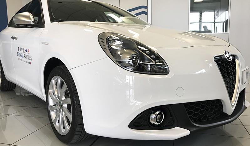 Alfa Romeo Giulietta Super TCT 1.6 completo