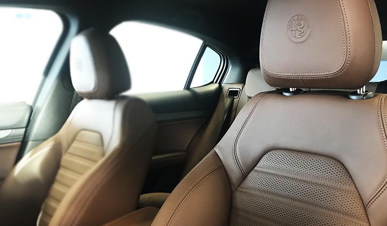 Alfa Romeo Stelvio Executive 2.2 AT8 Q4 completo