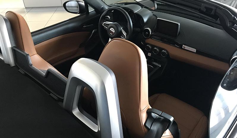 Fiat 124 Spider Lusso completo